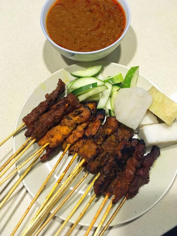 lau-par-sat-satay-stall-8-assorted-satay-chicken-babat-mutton